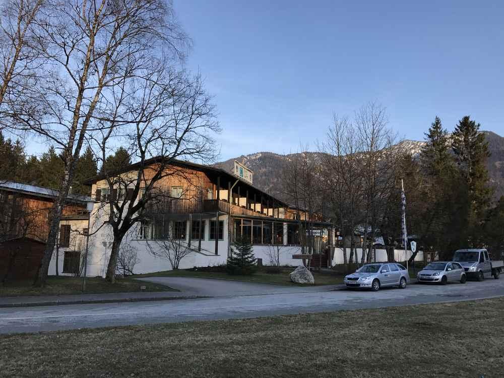 Das Hotel zum Übernachten am Sylvensteinsee